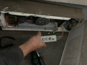 電動排煙装置修理工事4