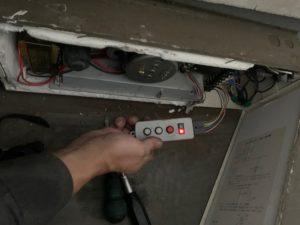 電動排煙装置修理工事5