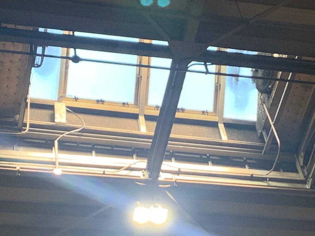 電動突き上げ窓修理工事5